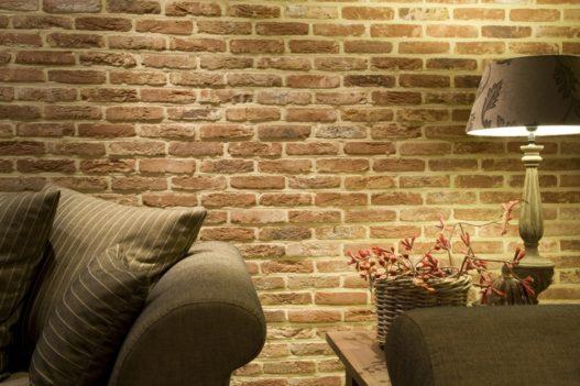 Cihlová zeď – industriální styl
